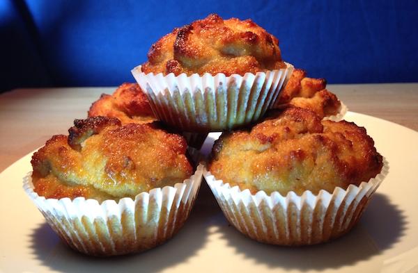 paleo banana and walnut almond muffins